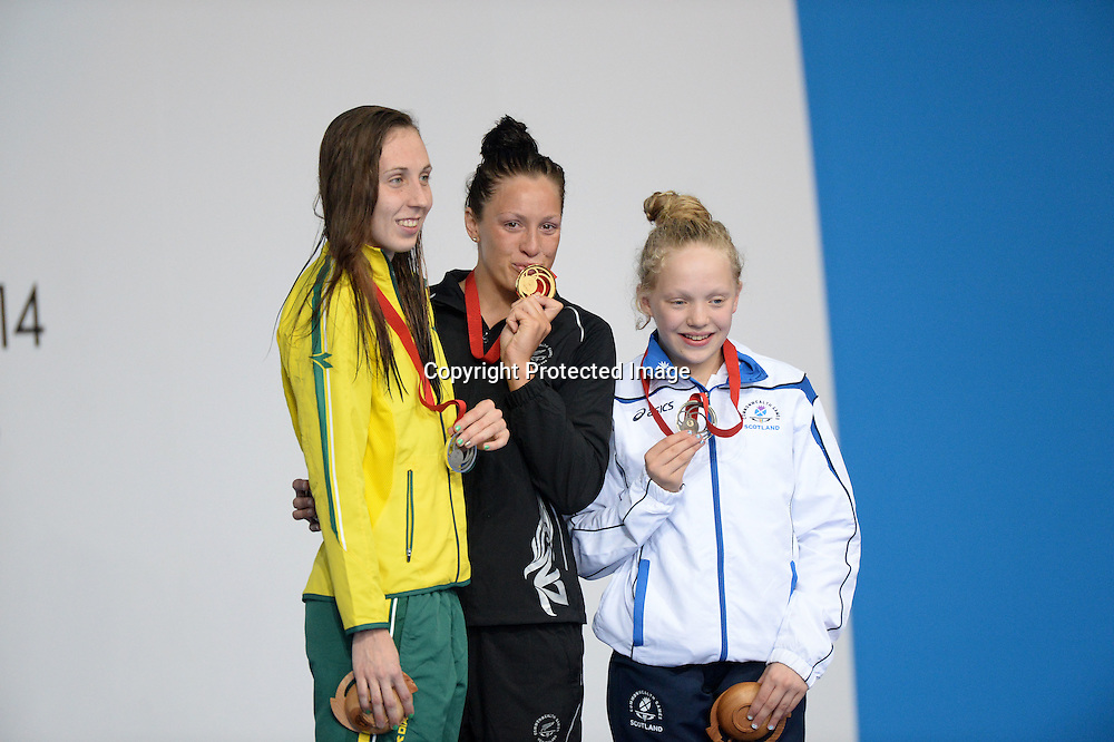 27/07/2014 - 2014 Glasgow Commonwealth Games, Day 4 - Swimming - Tollcross Swimming Centre, Glasgow, Scotland - New Zealand's Sophie Pascoe wins Gold in the Women's Para-Sport 100m Breaststroke SB9 Final.