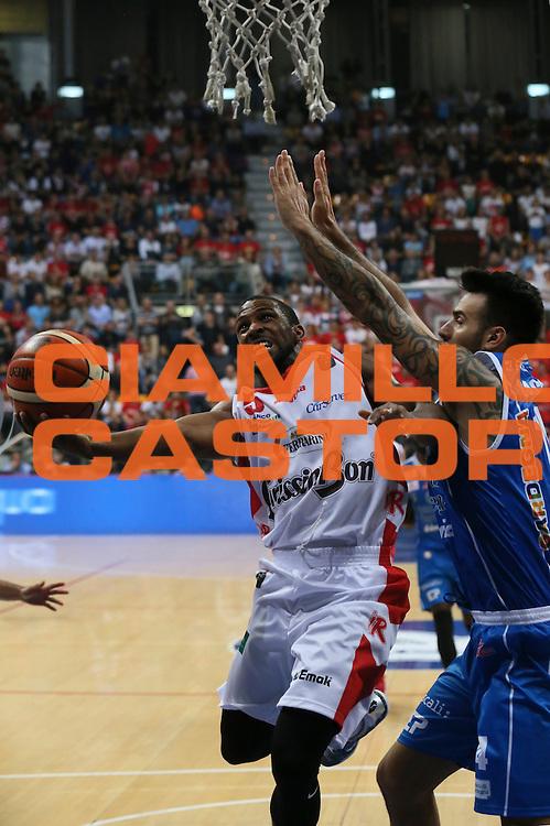 Derek Needham<br /> Grissin Bon Pallacanestro Reggio Emilia - Banco di Sardegna Dinamo Sassari<br /> Lega Basket Serie A 2016/2017<br /> Bologna, 08/10/2016<br /> Foto Ciamillo-Castoria