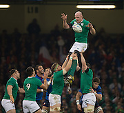 Cardiff, Wales, Great Britain, Paul O'CONNELL, collecting a clean line out ball, during the Pool D game, France vs Ireland.  2015 Rugby World Cup,  Venue, Millennium Stadium, Cardiff. Wales   Sunday  11/10/2015.   [Mandatory Credit; Peter Spurrier/Intersport-images]