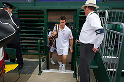 LONDON, ENGLAND - Thursday, June 24, 2010: Kenneth Skupski (GBR) arrives on court 18 for the Gentlemen's Doubles 1st Round match on day four of the Wimbledon Lawn Tennis Championships at the All England Lawn Tennis and Croquet Club. (Pic by David Rawcliffe/Propaganda)