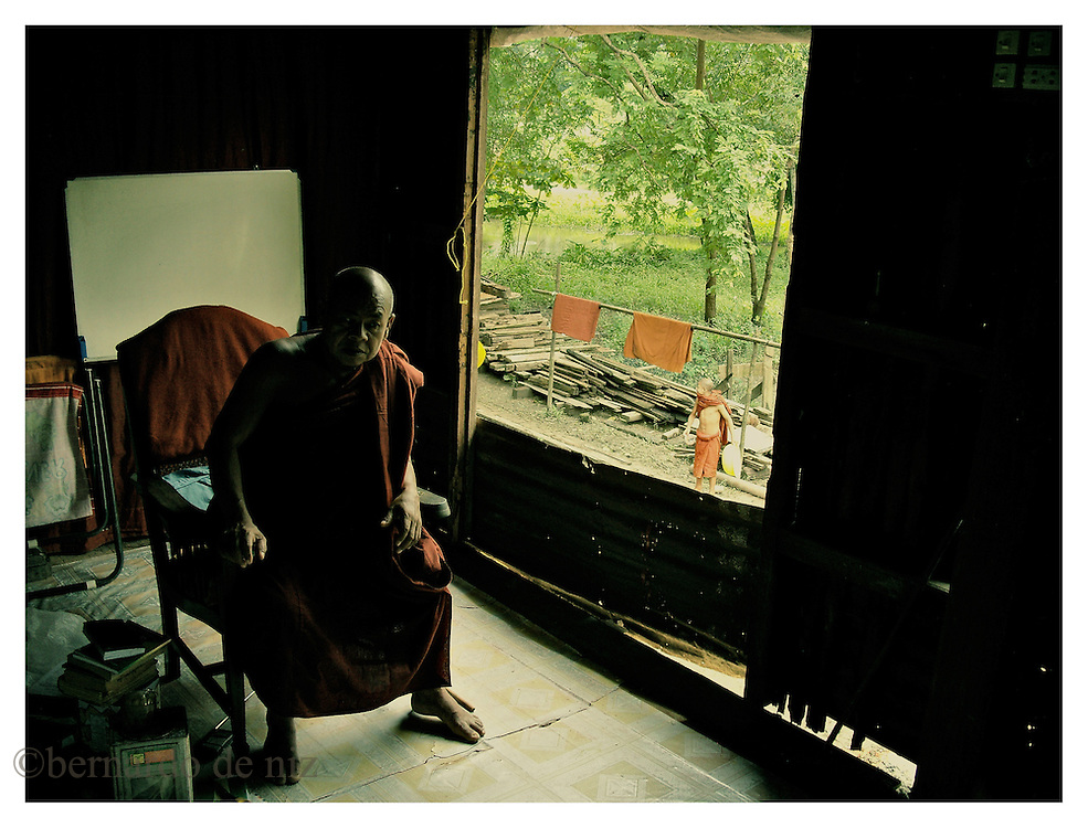 A old monk stay inside of one of the old and small monasteries scattered in the countryside of Burma. Many monks in their twenties are now the target of the persecution and repression of the Military dictatorship in Burma. Monday October 8, 2007. Delta Region, Myanmar (Burma)/