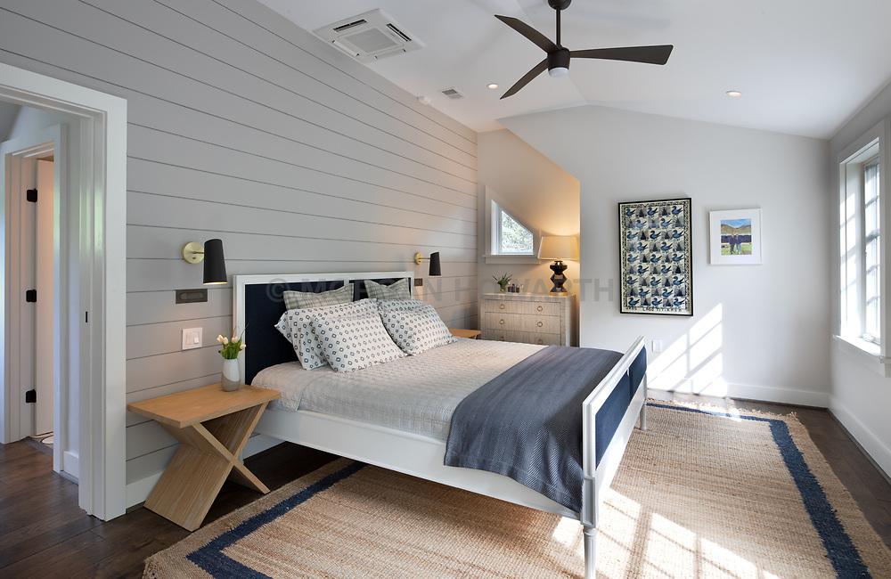 5026 Klingle house master bedroom VA 2-174-311