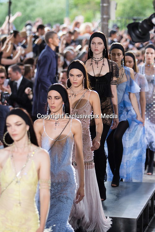 KENDALL JENNER   - TOP MODEL IN THE PARADE GIVENCHY MEN - READY TO WEAR - PARIS FASHION WEEK<br /> &copy;Exclusivepix Media