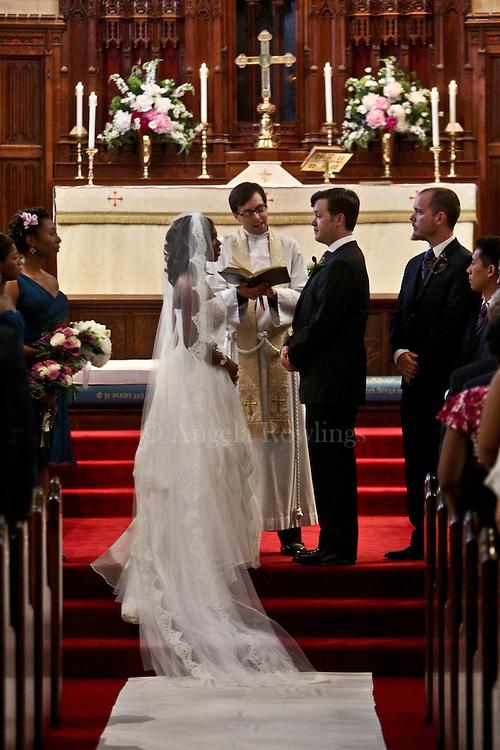 Candice & Matt.© Angela Rowlings 2012.www.angelarowlings.com
