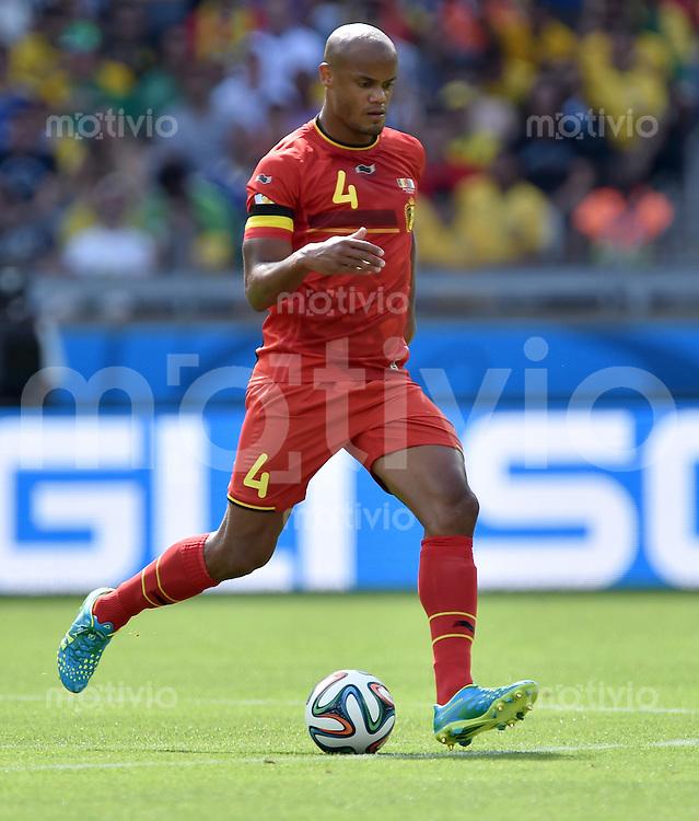 FUSSBALL WM 2014  VORRUNDE    Gruppe H     Belgien - Algerien                       17.06.2014 Vincent Kompany (Belgien) am Ball
