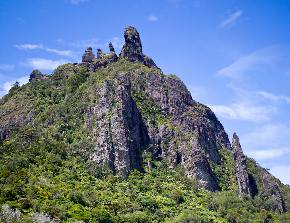 Mount Manaia is a dominant landmark approximately 30 kilometres southeast of Whangarei city on the Whangarei Heads peninsula.<br />