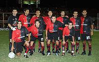 Fotball<br /> Independiente v Newells<br /> Torneo Clausura<br /> Buenos Aires<br /> 21. februar 2004<br /> Foto: Digitalsport<br /> Norway Only<br /> Lagbilde Newells