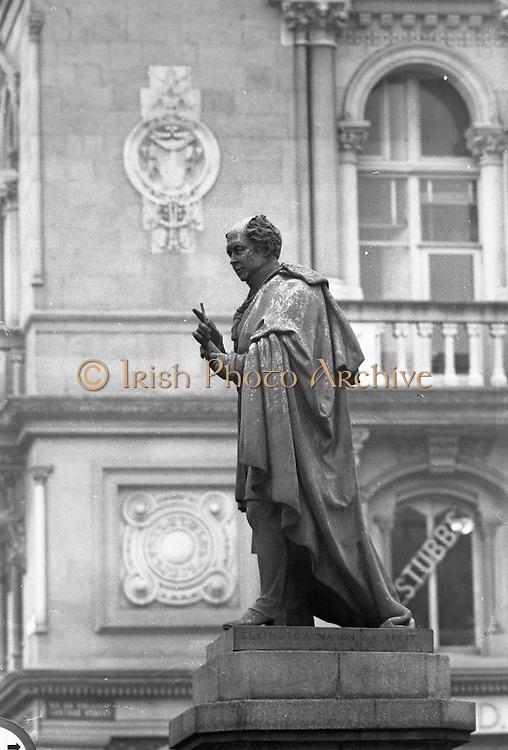Thomas Moore, at Westmoreland Street, College Green, Dublin..28.02.1962