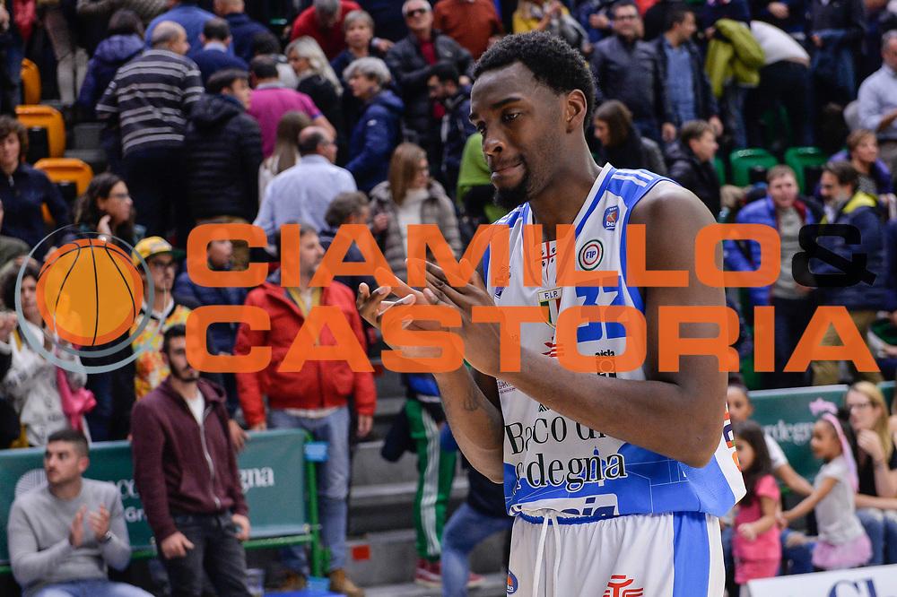 DESCRIZIONE : Campionato 2015/16 Serie A Beko Dinamo Banco di Sardegna Sassari - Umana Reyer Venezia<br /> GIOCATORE : Jarvis Varnado<br /> CATEGORIA : Ritratto Delusione Postgame<br /> SQUADRA : Dinamo Banco di Sardegna Sassari<br /> EVENTO : LegaBasket Serie A Beko 2015/2016<br /> GARA : Dinamo Banco di Sardegna Sassari - Umana Reyer Venezia<br /> DATA : 01/11/2015<br /> SPORT : Pallacanestro <br /> AUTORE : Agenzia Ciamillo-Castoria/L.Canu