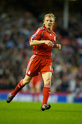 LIVERPOOL, ENGLAND - Saturday, January 26, 2008: Liverpool's Dirk Kuyt in action against Havant and Waterlooville during the FA Cup 4th Round match at Anfield. (Photo by David Rawcliffe/Propaganda)