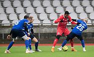 FODBOLD: Douglas Ferreira (FC Helsingør) og Valon Ljuti (Fremad Amager) under træningskampen mellem Fremad Amager og FC Helsingør den 2. februar 2019 i Sundby Idrætspark. Foto: Claus Birch