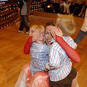 NLD/Baarn/20070519 - Dancing with the Stars 2007, Helga van Leur en kinderen Christiaan en Laurens