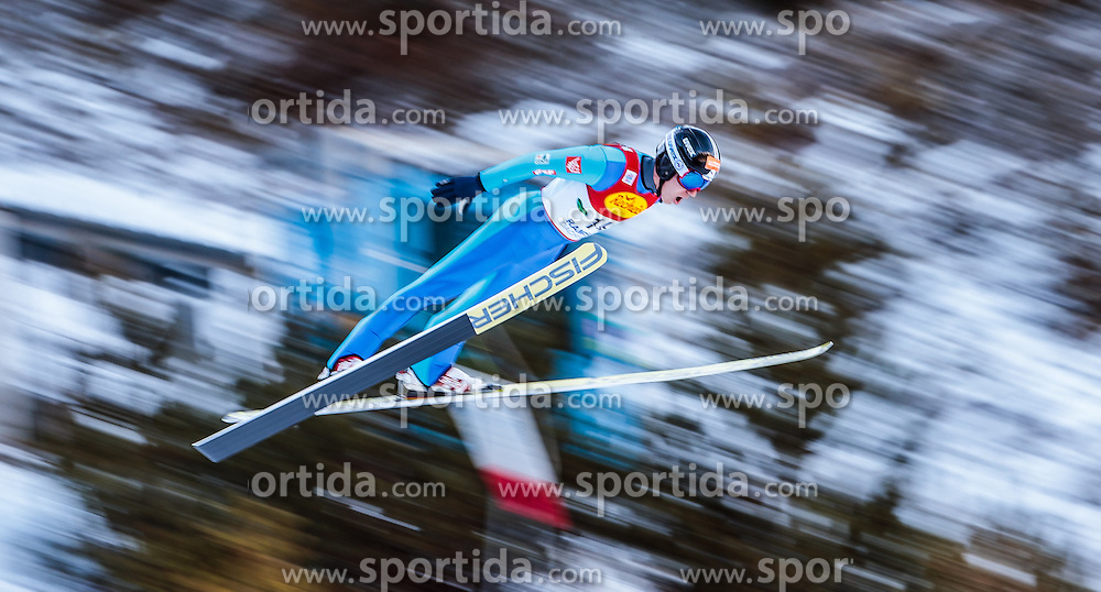 17.12.2016, Nordische Arena, Ramsau, AUT, FIS Weltcup Nordische Kombination, Skisprung, im Bild Laurent Muhlethaler (FRA) // Laurent Muhlethaler of France during Skijumping Competition of FIS Nordic Combined World Cup, at the Nordic Arena in Ramsau, Austria on 2016/12/17. EXPA Pictures © 2016, PhotoCredit: EXPA/ JFK