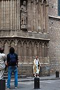 Barcelona Genie - tiny man on a bollard?