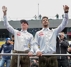 03.07.2016, Red Bull Ring, Spielberg, AUT, FIA, Formel 1, Grosser Preis von Österreich, Rennen, im Bild Max Verstappen (NED) Red Bull Racing, Daniel Ricciardo (AUS) Red Bull Racing // Dutch Formula One driver Max Verstappen of Red Bull Racing Australian Formula One drive Daniel Ricciardo of Red Bull Racing // during the Race for the Austrian Formula One Grand Prix at the Red Bull Ring in Spielberg, Austria on 2016/07/03. EXPA Pictures © 2016, PhotoCredit: EXPA/ Dominik Angerer
