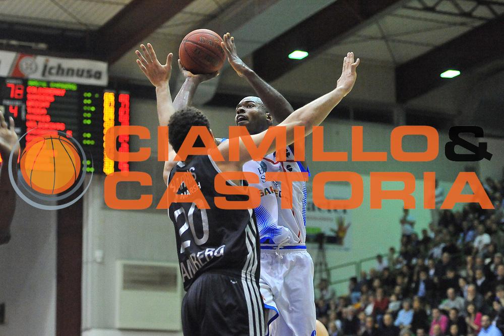 DESCRIZIONE : Eurocup 2013/14 Gr. J Dinamo Banco di Sardegna Sassari -  Brose Basket Bamberg<br /> GIOCATORE : Caleb Green<br /> CATEGORIA : Tiro Penetrazione<br /> SQUADRA : Dinamo Banco di Sardegna Sassari <br /> EVENTO : Eurocup 2013/2014<br /> GARA : Dinamo Banco di Sardegna Sassari -  Brose Basket Bamberg<br /> DATA : 19/02/2014<br /> SPORT : Pallacanestro <br /> AUTORE : Agenzia Ciamillo-Castoria / Luigi Canu<br /> Galleria : Eurocup 2013/2014<br /> Fotonotizia : Eurocup 2013/14 Gr. J Dinamo Banco di Sardegna Sassari - Brose Basket Bamberg<br /> Predefinita :