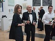 VICTORIA WYMAN; FRANK WYMAN, Annual Dinner. Royal Academy of Arts. Piccadilly. London. 8 June 2010. -DO NOT ARCHIVE-© Copyright Photograph by Dafydd Jones. 248 Clapham Rd. London SW9 0PZ. Tel 0207 820 0771. www.dafjones.com.