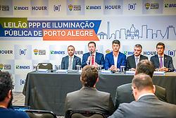 São Paulo, SP 29/08/2019: Com a presença do prefeito, Nelson Marchezan Júnior, a Prefeitura de Porto Alegre realizou, na manhã desta quinta-feira (29), na Bolsa de Valores B3, na capital paulista, leilão de parceria público-privada (PPP) para iluminação pública do município. Oito interessados estão credenciados, entre empresas ou consórcios. A Capital é a primeira cidade brasileira a fazer um leilão de PPP em iluminação na sede da B3. Esta é também a primeira PPP firmada no Rio Grande do Sul e vai modernizar completamente o visual da cidade, que passará a contar com tecnologia de ponta e manutenção eficiente. Foto: Jefferson Bernardes/PMPA