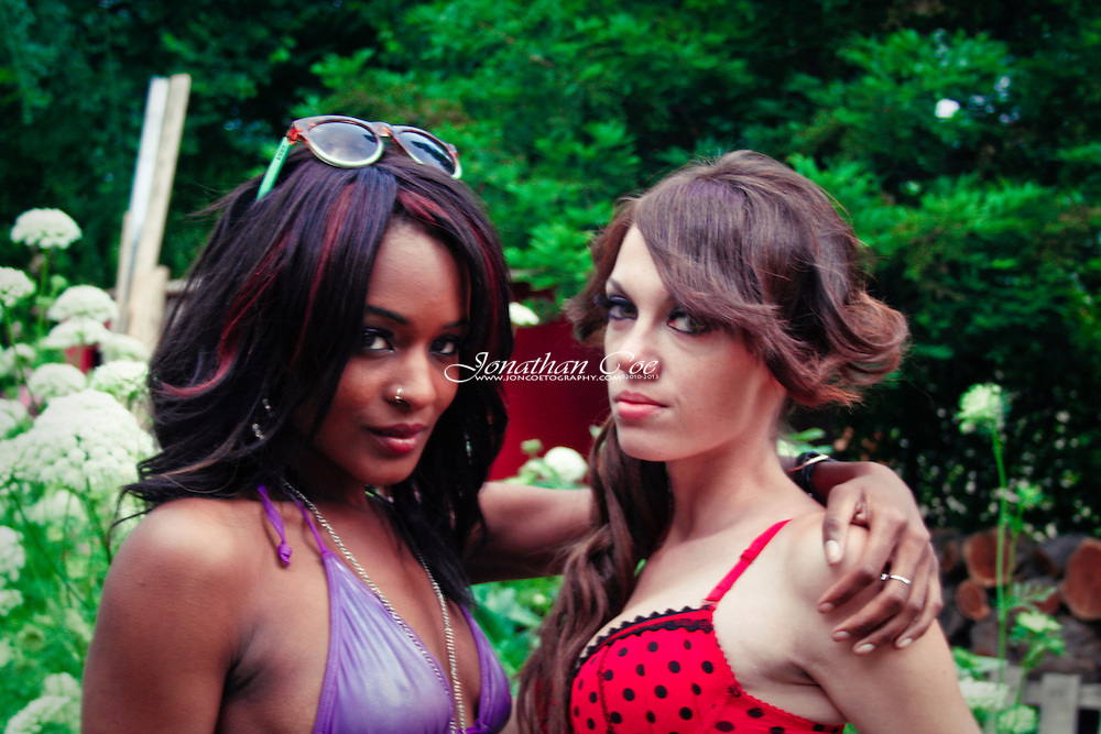 Models: Ashley Renea &amp; Niqui McNeal<br /> Location: Fresno, CA
