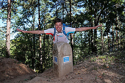 04-09-2019 ESP: WeHike2ChangeDiabetes - Senda de Bas day 4, Ponferrada<br /> A special day at the WeHike2ChangeDiabetes. The Senda de Bas path will be inaugurated today, coinciding with the athlete's birthday, by the statue and nice rock gravity that gets the path. Bas on his path