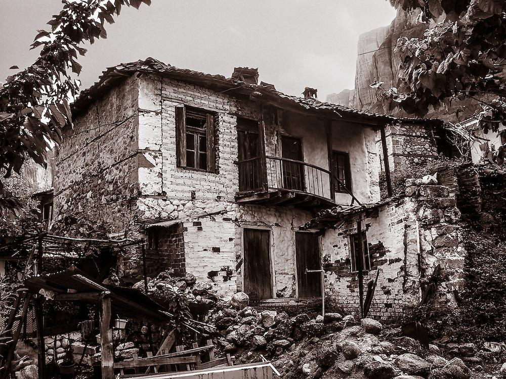 Decrepit house in Meteora, Greece.