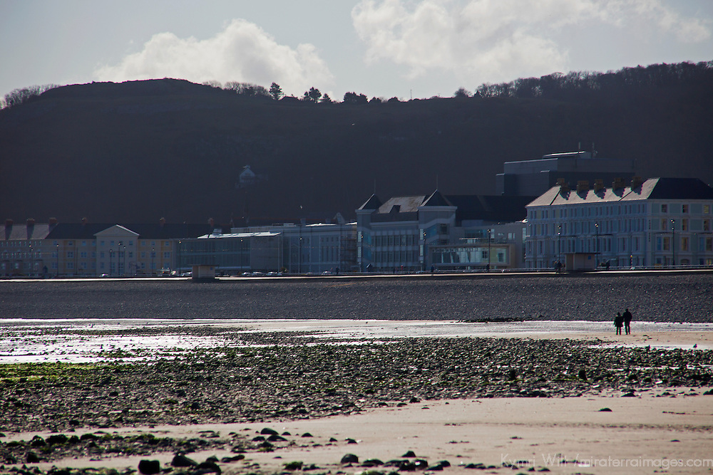 Europe, United Kingdom, Wales, Llandudno. Llandudno Beach and Little Orme.