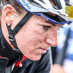 TIEL (NED) wielrennen<br /> De derde etappe was rond Tiel en ging door de Betuwe. Annemiek van Vleuten na de wedstrijd het was zwaar voor de Wageningse die terugkomt van een blessure