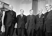 Church Leaders meeting An Taoiseach and Tanaiste at Government Buldings, (L-R) Tanaiste Brendan Cordish, Archbishop of Armagh and Primate of All Ireland Cardinal William J Conway, Taoiseach Liam Cosgrave, Archbishop of Armagh and Primate of All Ireland(COI) Most Rev G O Simms, Rt Rev Dr C Temple Lundie, Moderator of the Presbyterian Assembly and Rev Desmond Morris, President of the Methodist Church, 10/01/1975 (Part of the Independent Newspapers Ireland/NLI Collection).