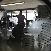 In 1970, when Hackney's opened, a load cost $0.25 to wash and $0.10 for 10 minutes of drying. Now, a front-loading washing machine costs $2.50 per load and $0.25 for 10 minutes of drying time. .