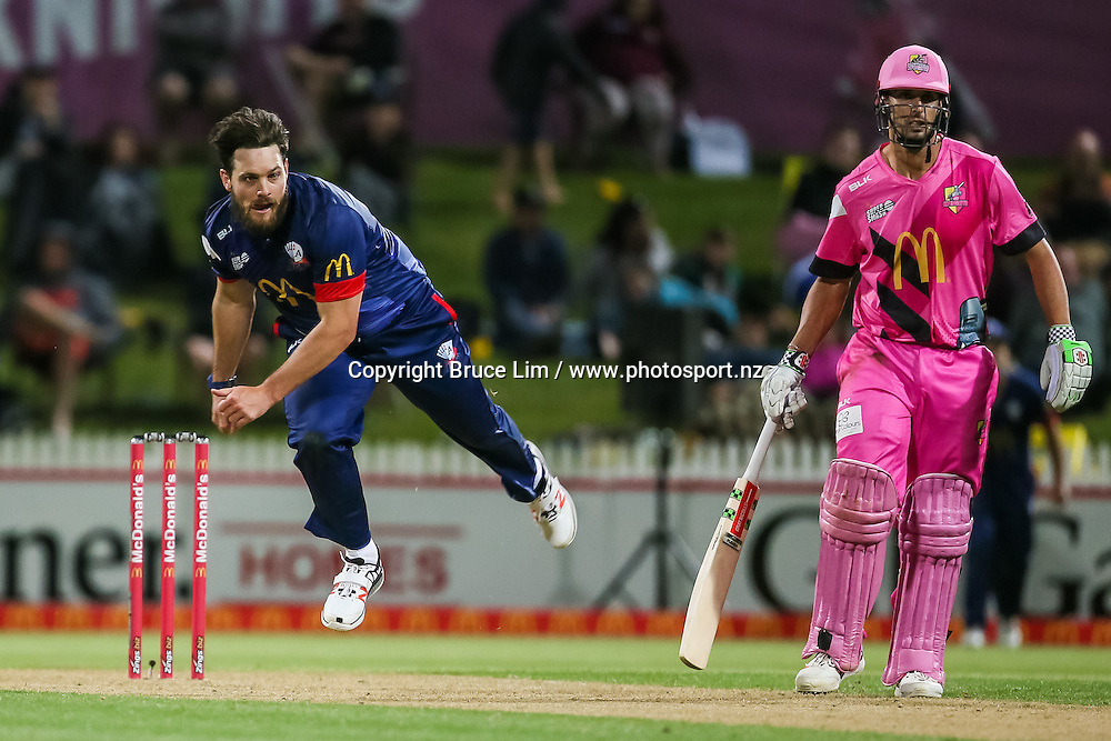 Auckland Aces' Mitchell McClenaghan bowling during the McDonalds Super Smash T20 cricket match - Knights v Aces played at Seddon Park, Hamilton, New Zealand on Saturday 17 December.<br /> <br /> Copyright photo: Bruce Lim / www.photosport.nz
