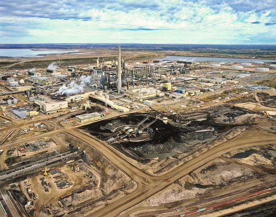 Alberta Oil Sands, Tar sands, syncrude upgrader.