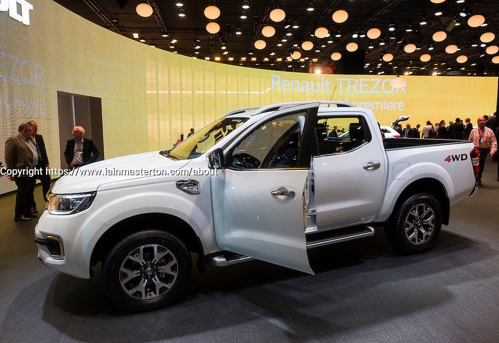 World premiere of Renault Alaskan pick up truck at Paris Motor Show 2016