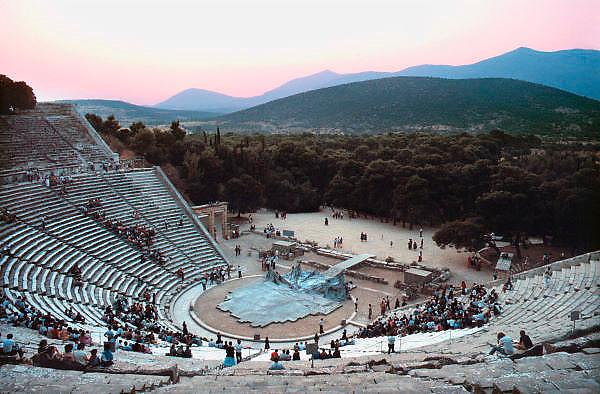 Griekenland, Epidauros, 14-7-1981Het openluchttheater vlak voor een voorstelling. Klassieke oudheid, cultuur.Foto: Flip Franssen