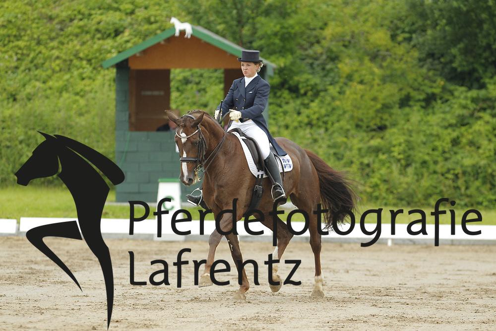 Hatzl, Ulrike, Love Supreme<br /> Eutin - Dressur- und Springturnier<br /> © www.sportfotos-lafrentz.de/Stefan Lafrentz