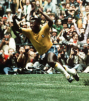 Fotball<br /> Foto: Colorsport/Digitalsport<br /> NORWAY ONLY<br /> <br /> Pele (Brazil) celebrates scoring the 1st goal. World Cup Final 1970. Brazil v Italy. Mexico.