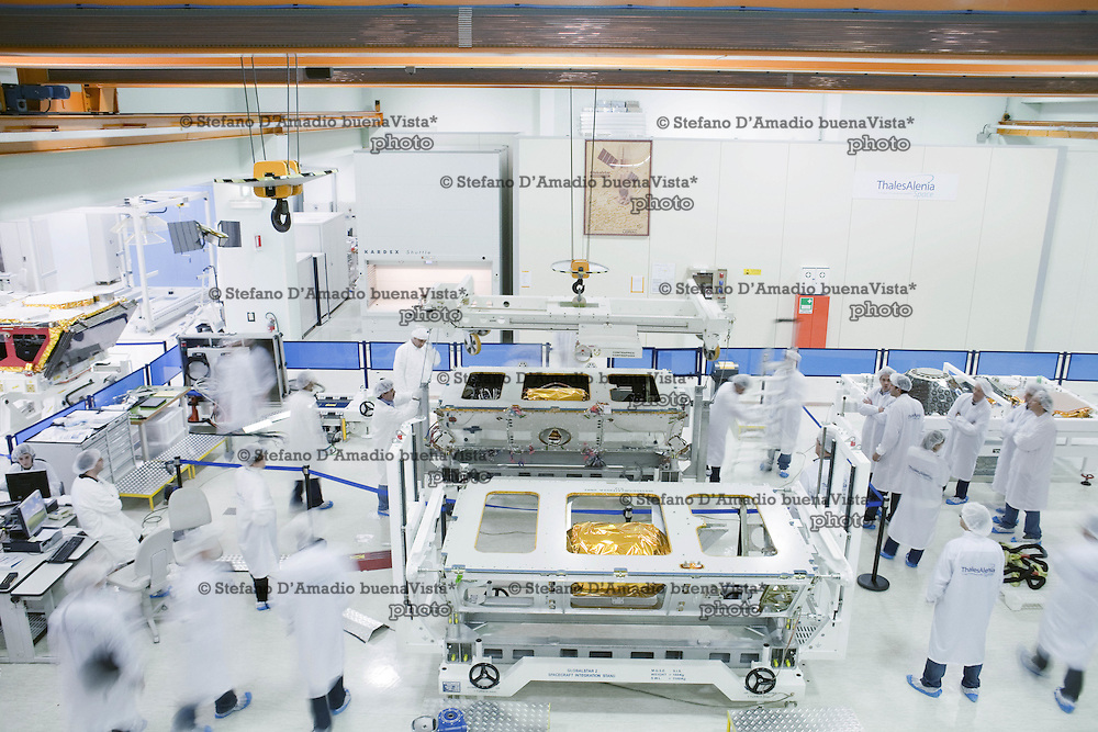 Satellite Globastar II