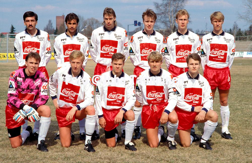 27.4.1991, Pori.<br /> Futisliiga 1991, Porin Pallo-Toverit - Helsingin Jalkapalloklubi.<br /> FC Jazz, back row, left to right: Kazimierz Putek, Jorma Heinonen, Pasi Sulonen, Tommi Pikkarainen, Juha Riippa, Vesa Rantanen.   <br /> Front row, l to r: Tommi Koivistoinen, Rami Nieminen, Saku Laaksonen, Jarmo Alatensiö, Risto Koskikangas.