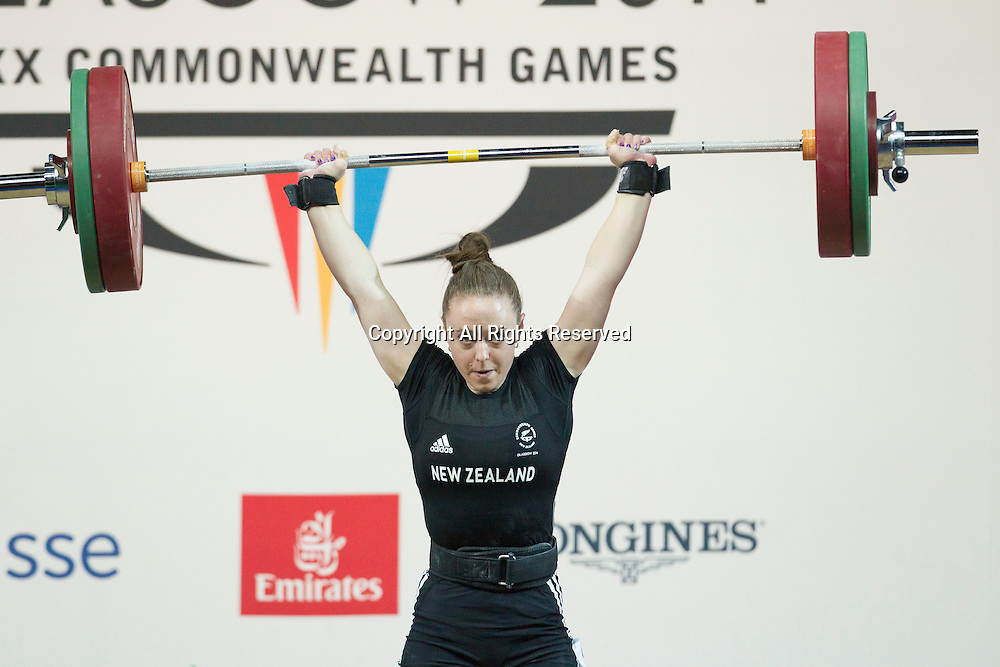 25.07.2014. Glasgow, Scotland. Glasgow Commonwealth Games. Women's 53kg Final.  Phillipa Hale of NZL during a lift