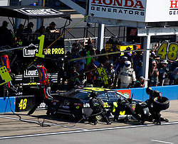 October 14, 2018 - Talladega, AL, U.S. - TALLADEGA, AL - OCTOBER 14: #48: Jimmie Johnson, Hendrick Motorsports, Chevrolet Camaro Lowe's for Pros  during the runinng of the 1000Bulbs.com500 on Sunday October 14, 2018 at Talladega SuperSpeedway in Talladega Alabama (Photo by Jeff Robinson/Icon Sportswire) (Credit Image: © Jeff Robinson/Icon SMI via ZUMA Press)