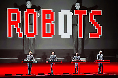 Kraftwerk at The Fox Theater - Oakland, CA - 3/23/14