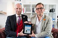 24 APR 2013, BERLIN/GERMANY:<br /> Dr. Tom Kirschbaum (L), Co-Founder & CFO Waymate, und Maxim Nohroudi (R), Co-Founder & CEO Waymate, in dem Bueroraeumen von Waymate. Waymate ist eine Internet-Plattform zur Reiseplanung<br /> IMAGE: 20130424-01-008<br /> KEYWORDS: Start-up, App, iPhone, Smartphone, Travel, Greunder, Gründer, Gruenderszene, Gründerszene