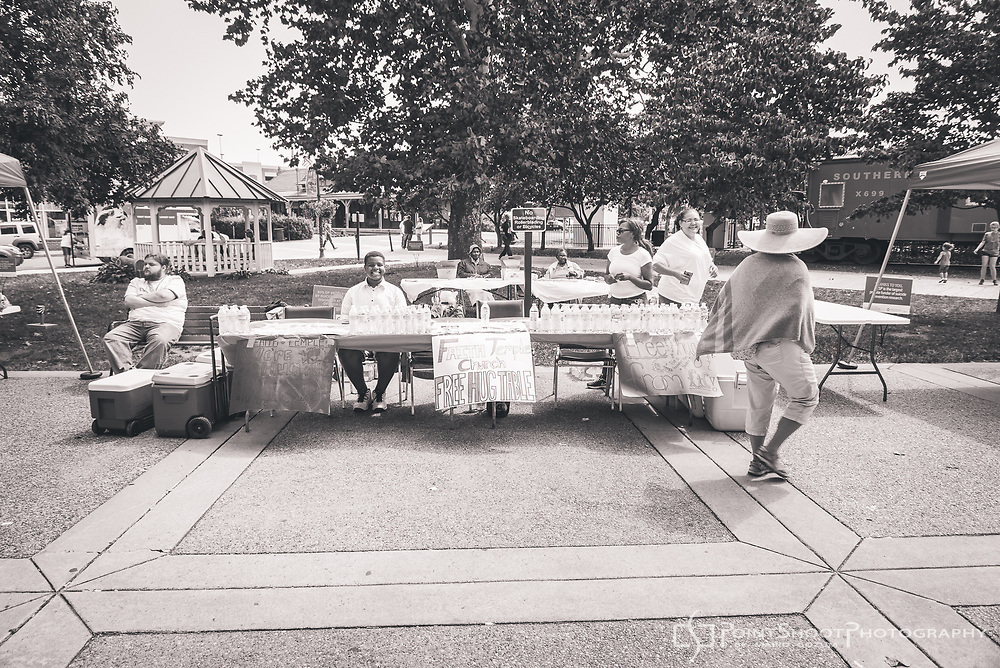 AFSP's 2017 Manassas Out of the Darkness Community Walk, Manassas, VA. Event coverage by Severna Park, MD photographer Mario Gozum, PointShoot Photography. For inquiries, visit www.pointshootphoto.com