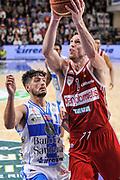 DESCRIZIONE : Campionato 2014/15 Dinamo Banco di Sardegna Sassari - Openjobmetis Varese<br /> GIOCATORE : Andy Rautins<br /> CATEGORIA : Tiro Penetrazione<br /> SQUADRA : Openjobmetis Varese<br /> EVENTO : LegaBasket Serie A Beko 2014/2015<br /> GARA : Dinamo Banco di Sardegna Sassari - Openjobmetis Varese<br /> DATA : 19/04/2015<br /> SPORT : Pallacanestro <br /> AUTORE : Agenzia Ciamillo-Castoria/L.Canu<br /> Predefinita :