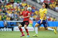 v.l. Oribe Peralta, David Luiz (Brasilien)<br /> Fussball, FIFA WM 2014 in Brasilien, Vorrunde, <br /> Brasil - Mexico<br /> <br /> Norway only