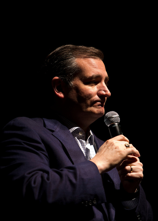 Republican Presidential candidate Sen. Ted Cruz, R-Tx., speaks to the crowd at the Sharon Lynne Wilson Center for the Arts in Brookfield, Wisconsin on Tuesday, March 29, 2016. Cruz's rally came minutes after Wisconsin Governor Scott Walker (R) announced his support of the Cruz campaign. REUTERS/Ben Brewer