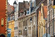 Rue de la monnaie du quartier du vieux Lille // Rue de la Monnaie street of old town district of Lille