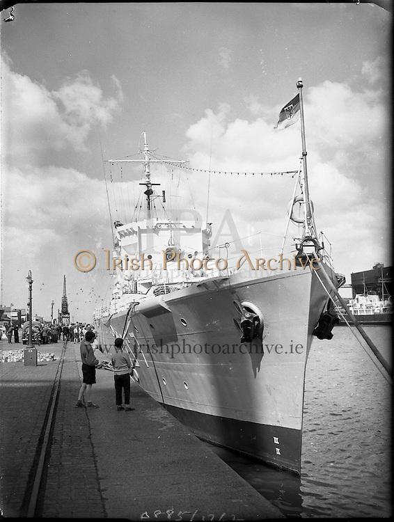German Frigate on Courtesy Visit to Dublin Port.<br /> 05.07.1961