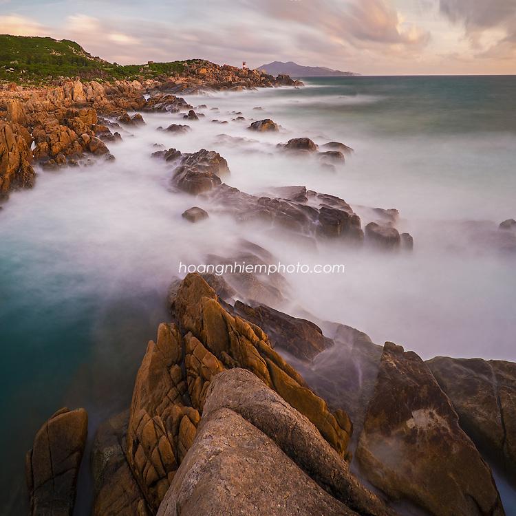 Vietnam Images-phong cảnh biển-seascape-Tuy Hòa seashore hoàng thế nhiệm