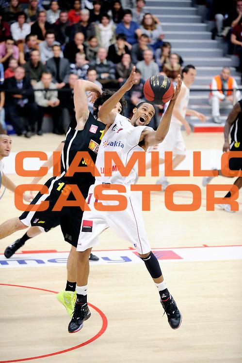 DESCRIZIONE : Championnat de France Pro B a Lille<br /> GIOCATORE : Marshall Curtis<br /> SQUADRA : Lille<br /> EVENTO : Pro B 3 journee<br /> GARA :  Lille Bordeaux<br /> DATA : 21/10/2011<br /> CATEGORIA : Basketball France Homme Pro B<br /> SPORT : Basketball<br /> AUTORE : JF Molliere<br /> Galleria : France Basket 2011-2012 Action<br /> Fotonotizia : Championnat de France Basket Pro B Lille Bordeaux Journee 3<br /> Predefinita :