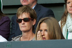 LONDON, ENGLAND - Friday, July 1, 2011: Andy Murray's mother Judy and girlfriend Kim Sears watch during the Gentlemen's Singles Semi-Final match on day eleven of the Wimbledon Lawn Tennis Championships at the All England Lawn Tennis and Croquet Club. (Pic by David Rawcliffe/Propaganda)